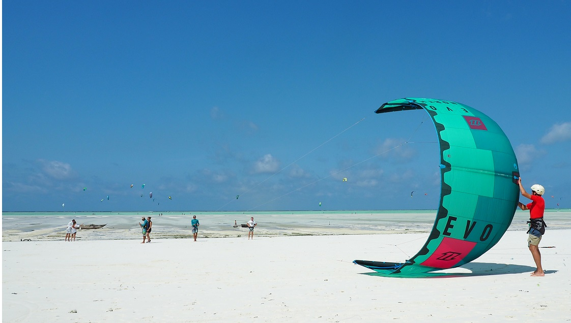 The principles of Kitesurfing | Kitesurfing Lessons at Kite Centre Zanzibar